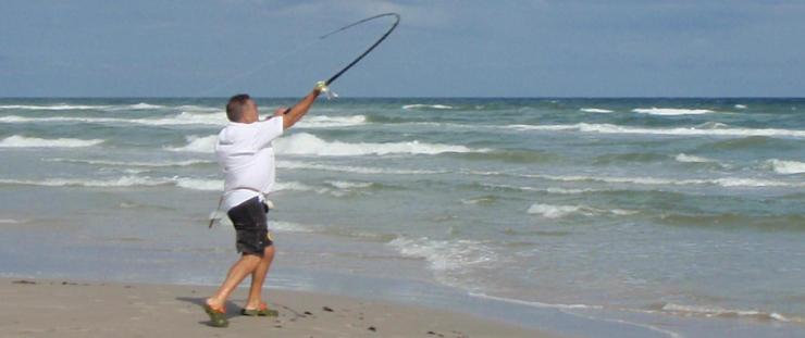 La cajita con los ganchos para la pesca